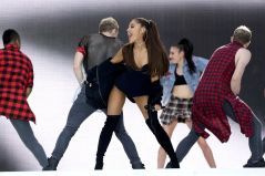 Ariana Grande (13)
