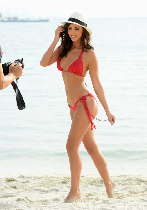 Lucy Mecklenburgh (18)