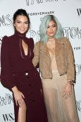 Kendall Jenner and Kylie Jenner (8)