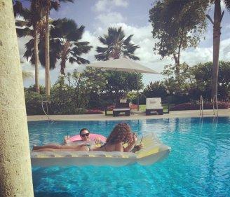 Rihanna-(4)