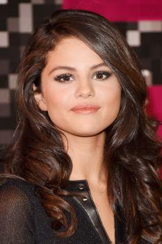 Selena Gomez (6)