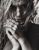Alexis Ren (21)