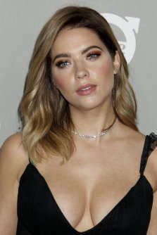 Ashley Benson (20)