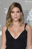 Ashley Benson (22)