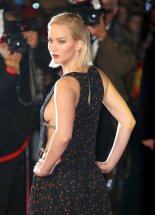 Jennifer Lawrence (29)