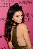 Kendall Jenner (33)