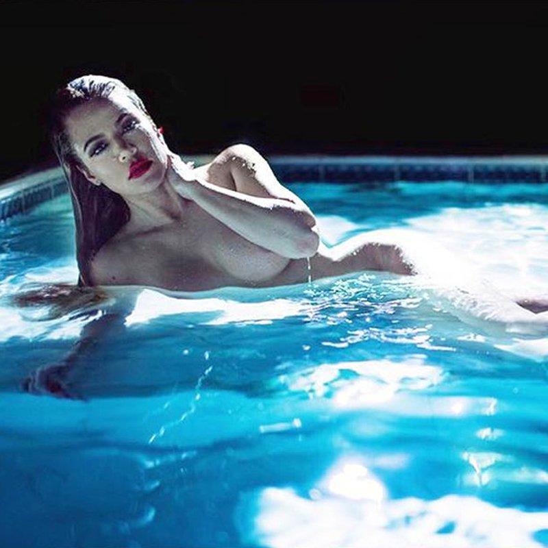 Khloe Kardashian gola