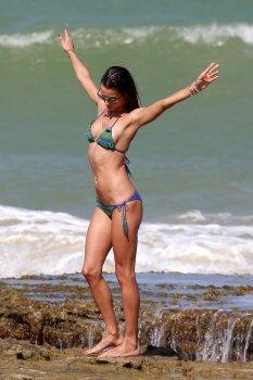 Alessandra Ambrosio (14)
