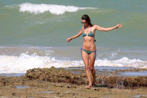 Alessandra Ambrosio (21)