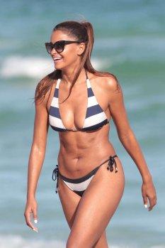 Claudia-Jordan (2)
