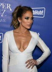 Jennifer Lopez (22)