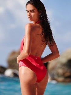 Sara Sampaio (28)