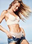 Candice Swanepoel (19)