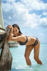 Chrissy Teigen (34)