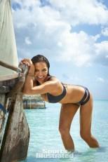 Chrissy Teigen (35)
