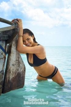 Chrissy Teigen (36)