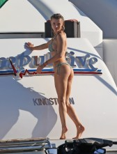 Joanna Krupa (22)