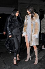 Kendall Kylie Jenner (14)