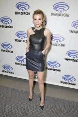 Bella Thorne (9)