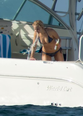 Jennifer Lawrence) (10)