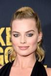Margot Robbie (3)