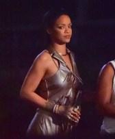 Rihanna (22)