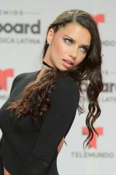 Adriana Lima (26)