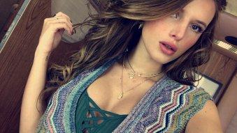 Bella Thorne 002