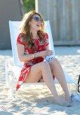 Bella Thorne (33)