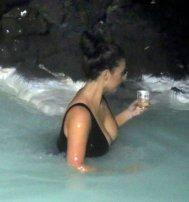 Kim Kardashian (35)