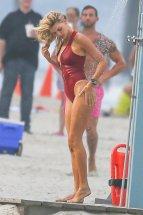 Kelly Rohrbach (29)
