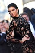 Kendall Jenner (31)