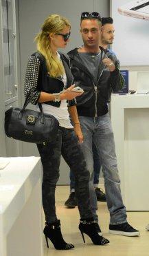 Paris Hilton (48)