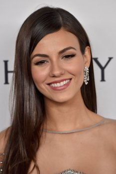 Victoria Justice (27)