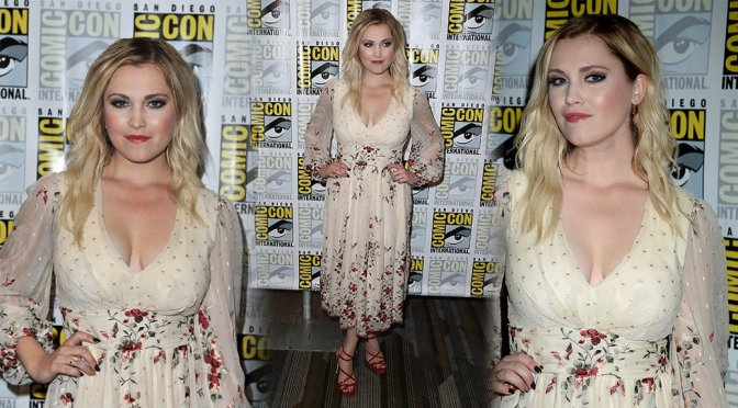 """Eliza Taylor – """"The 100"""" Event at Comic-Con in San Diego"""
