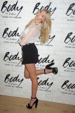 Elsa Hosk (20)