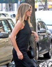 Jennifer Aniston (18)
