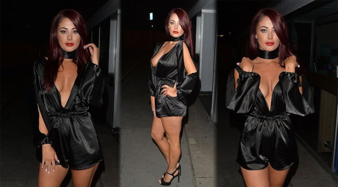 Jessica Hayes – Cleavage Candids at Libertine Club in London