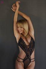 Sara Jean Underwood (33)