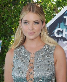 Ashley Benson (13)