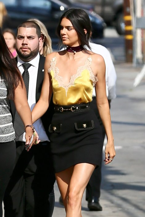 Kendall Jenner (16)