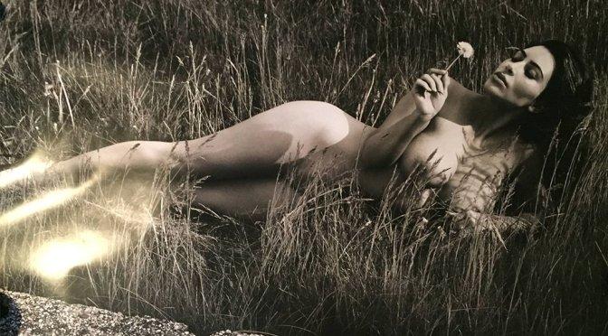 Kim Kardashian – GQ Magazine Naked Photoshoot Outtake