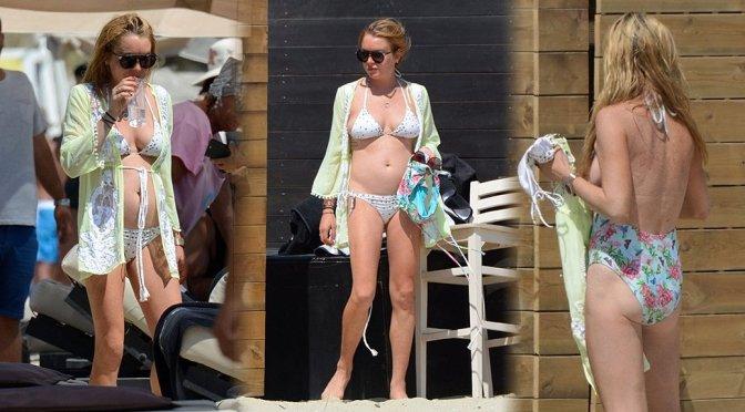 Lindsay Lohan – Bikini Candids in Mykonos
