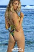 Hailey Clauson (27)