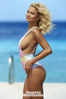 Rose Bertram (22)