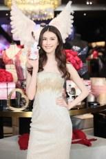 Alessandra Ambrosio Josephine Skriver (20)