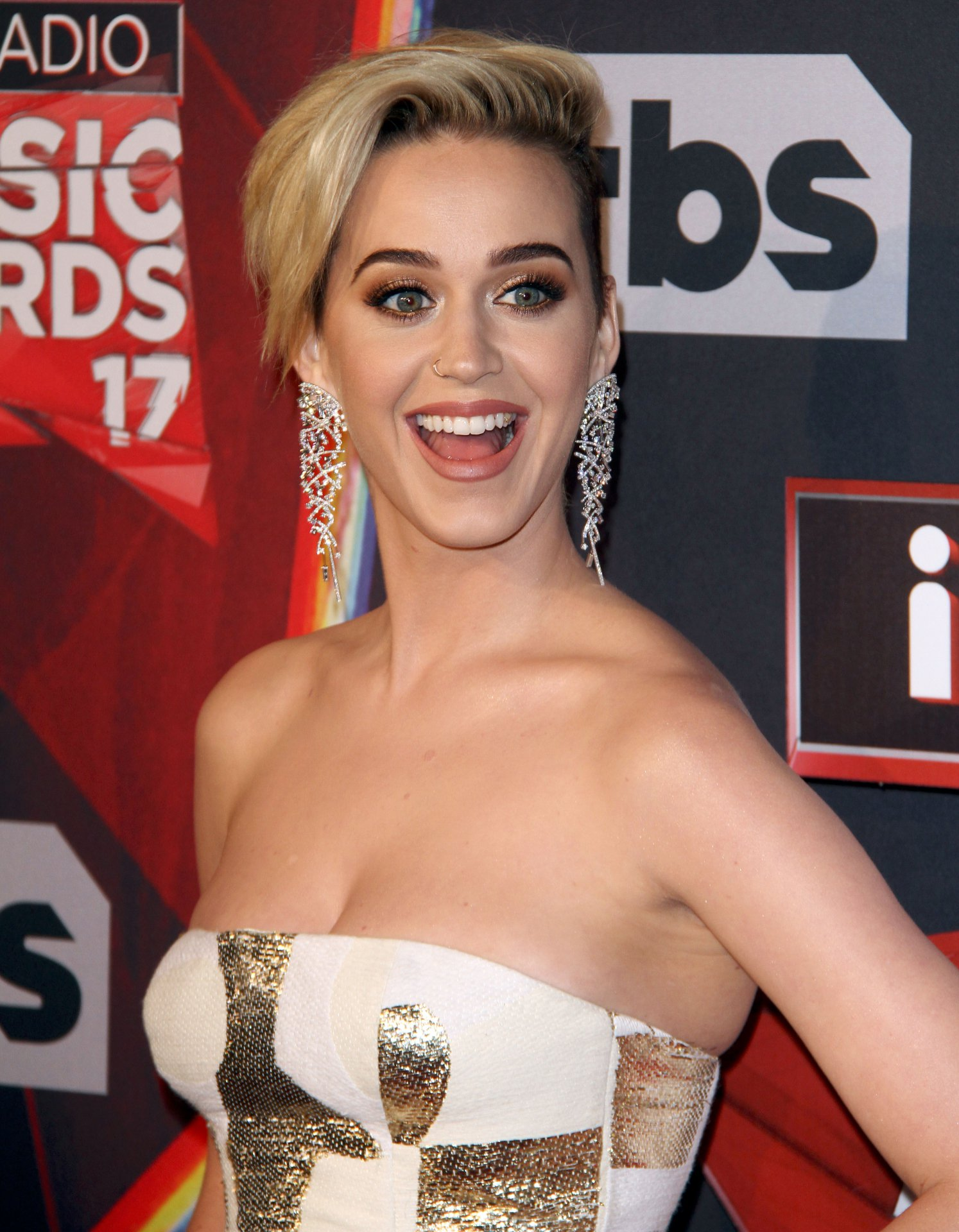 Top 10 Lesbians Celebrities?   Hottest Lesbians Actress
