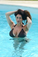 Casey Batchelor (6)