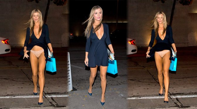 Joanna Krupa - Having a wardrobe malfunction at 'Craigs' Restaurant in West Hollywood