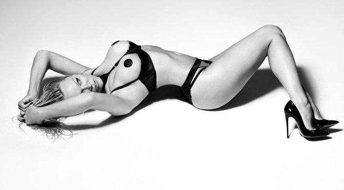 "Pamela Anderson – ""Coco de Mer"" Lingerie Photoshoot"